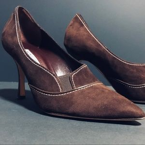 Manolo Blahnik Dark Brown Suede Heels size 39